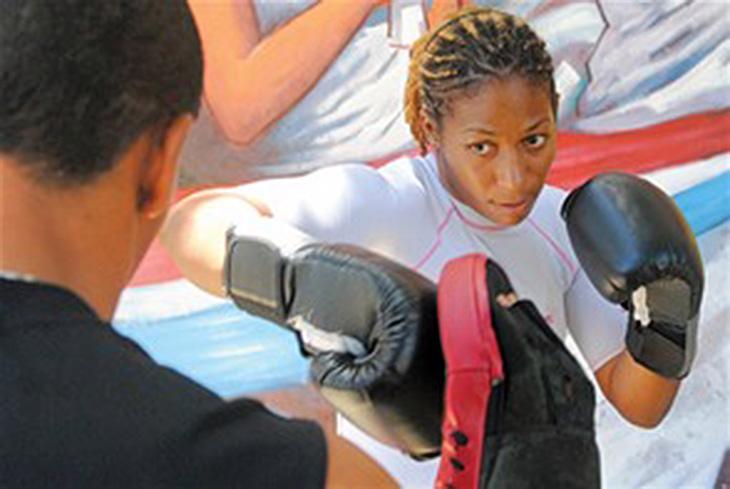 Boxeadora RD Clasifica Para Juegos Centroamericanos 2014