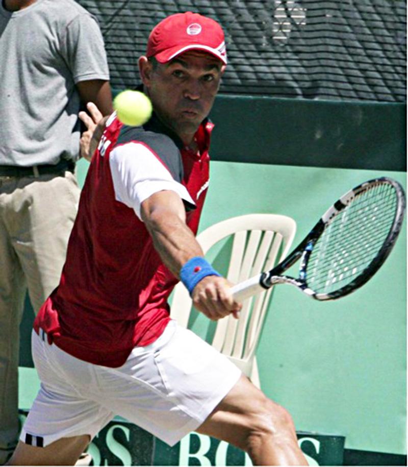 Estrella Sorprende a López en ATP de Washington