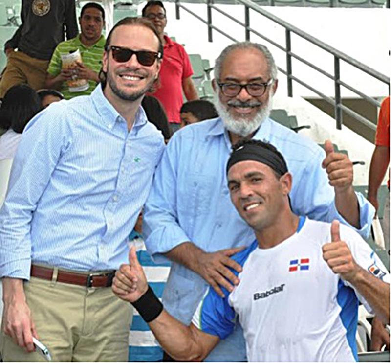 Fedotenis Felicita a Víctor Estrella Por Actuación en US Open